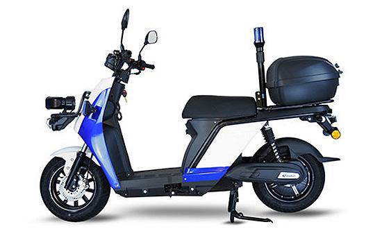 Scooter électrique de police
