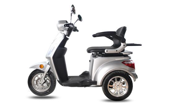 Tres Scooter électrique |